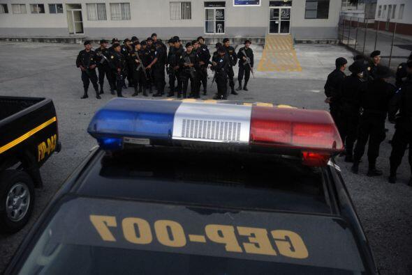 Tan sólo en agosto del 2010 fueron expulsados 3,200 agentes -un 9.2 por...