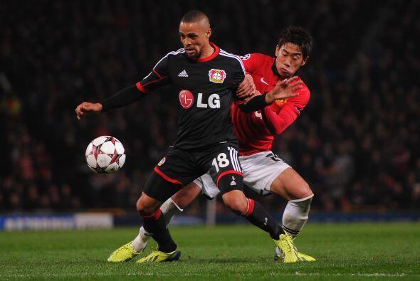 El Leverkusen descontó con un tanto de Simon Rolfes para el empate parci...