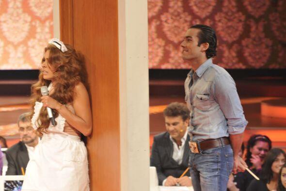 Y esta vez Aarón Díaz formó parte del elenco para complacer al público