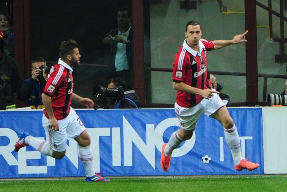 El delantero seguía aumentando su cuota como líder de goleo del torneo.