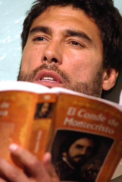 Compartió créditos con Galilea Montijo, Alejandra Barros y Gabriel Soto.