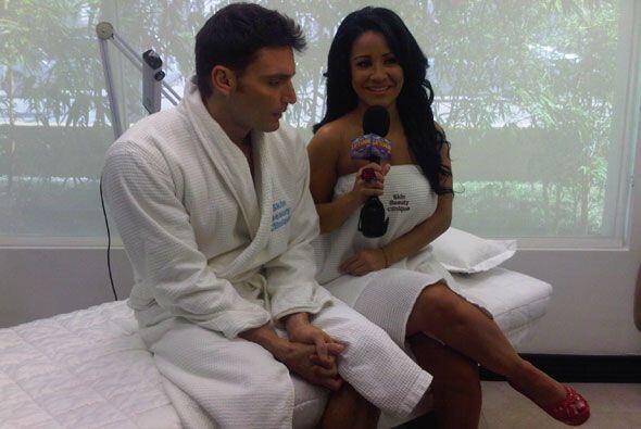 La presentadora se quitó la ropa junto con Julián solo para conseguir la...