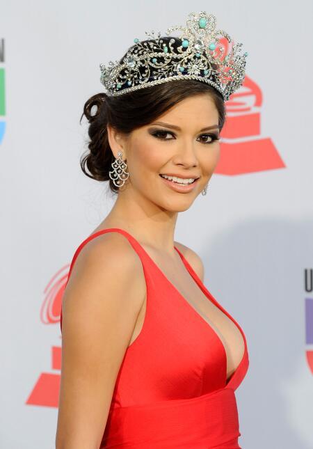 Reinas que han portado la corona de Nuestra Belleza Latina ?url=https%3A%2F%2Fcdn1.uvnimg.com%2F12%2F86%2F12109829462cb3bf1e87c03a2078%2Fgettyimages-106767392
