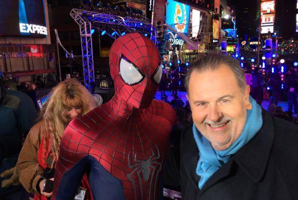 Spider-Man fue otro de los invitados de honor a la celebración.