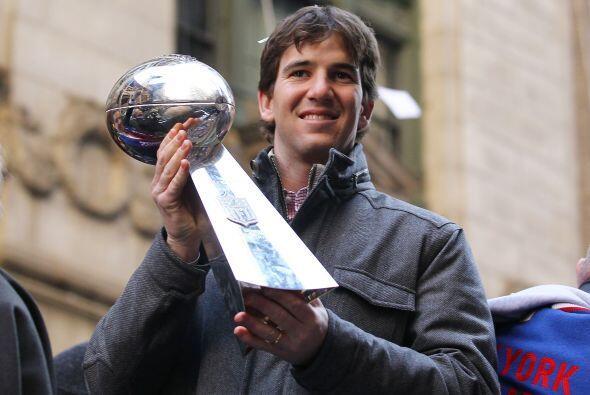 Muchas veces Eli Manning es señalado como un jugador inexpresivo en exce...