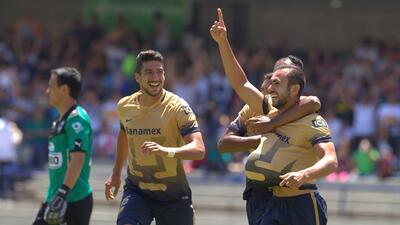 Pumas 3-0 Monterrey: Pumas promete en inicio de Apertura 2015 al golear...