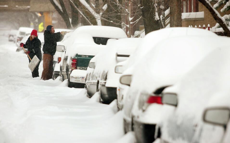 Consejos para manejar en nieve y hielo GettyImages-52047364.jpg
