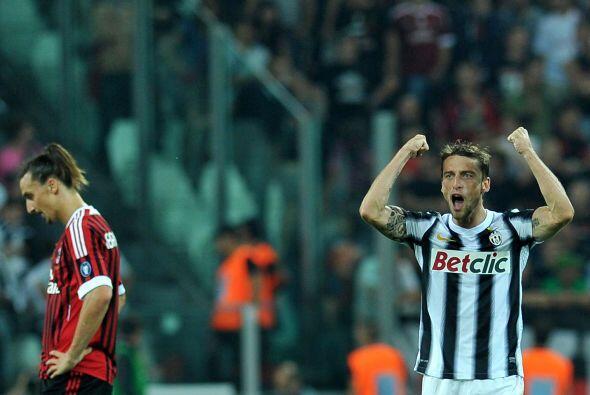Y faltaba más, pues ya e el descuento el propio Marchisio logró su doblete.