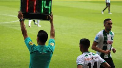 ¡No levantan! Uriel Antuna tiene escasa participación en una nueva derrota del Groningen