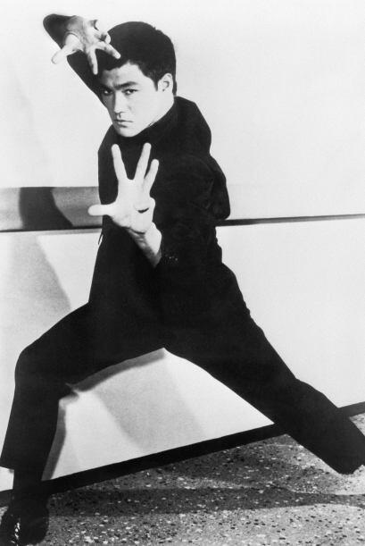 Bruce Lee La leyenda de las artes marciales murió a los 32 años el 20 de...