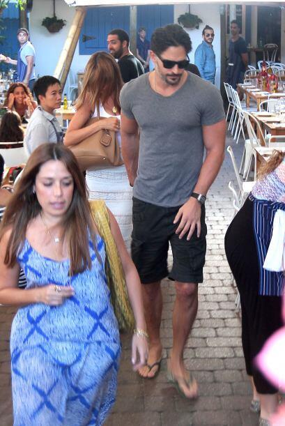 Y acá hay más imágenes de Joe Manganiello y Sofia Vergara en Miami.