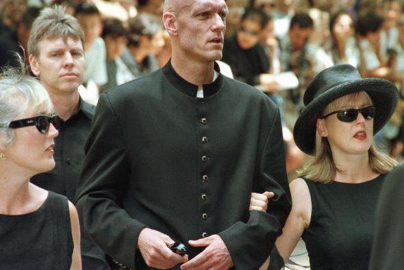 Al funeral de Michael Hutchence asistieron las personalidades más sobres...