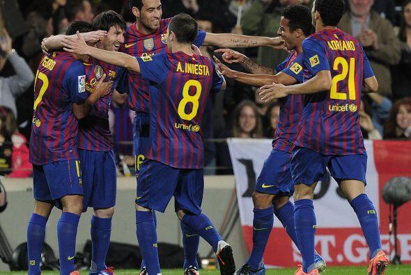 El Barcelona le ganó al Espanyol por goleada y festejó un nuevo triunfo...