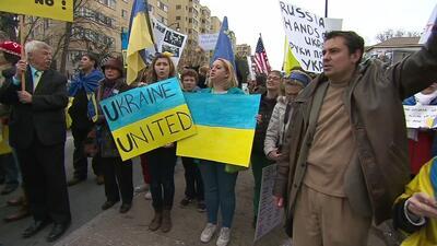 Parlamento de Crimea aprueba unirse a Rusia y convoca referendo