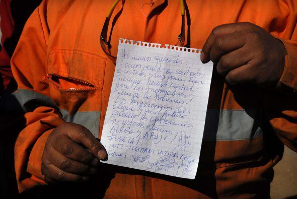 Las cartas que intercambiaron con sus familiares serían otros de los atr...