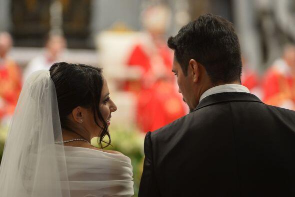 El líder de la Iglesia Católica recalcó a las parejas que el matrimonio...