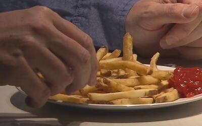 Comer papas fritas más de dos veces por semana impacta su longevidad, se...