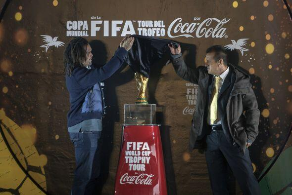 45 jefes de estado y 33 campeones de Mundiales anteriores figuran entre...