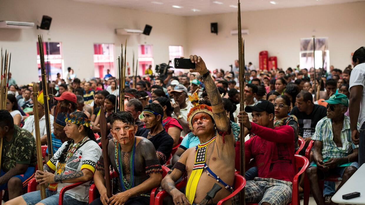 Juruna from the Paquiçamba Indigenous Reserve are seen at a publi...