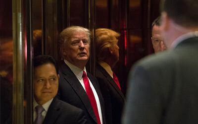 Donald Trump en el elevador de la Torre Trump de Nueva York