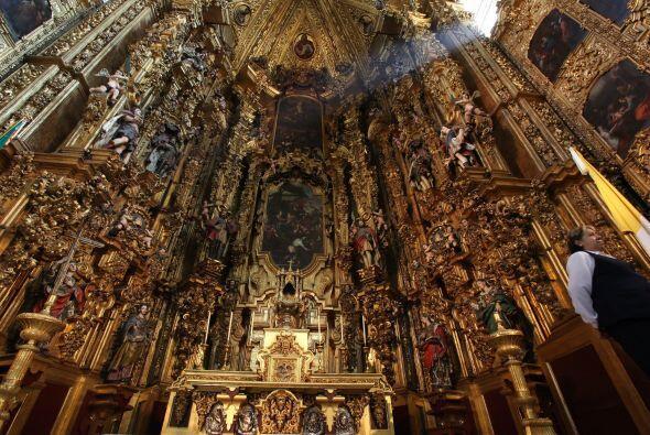 Hoy en día hay muchos lugares para admirar dentro de la Catedral,...