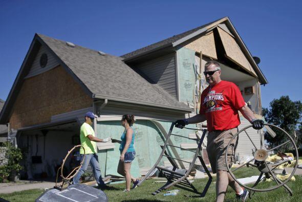 El Times-Herald en Dubuque, Iowa, dijo que los fuertes vientos del lunes...