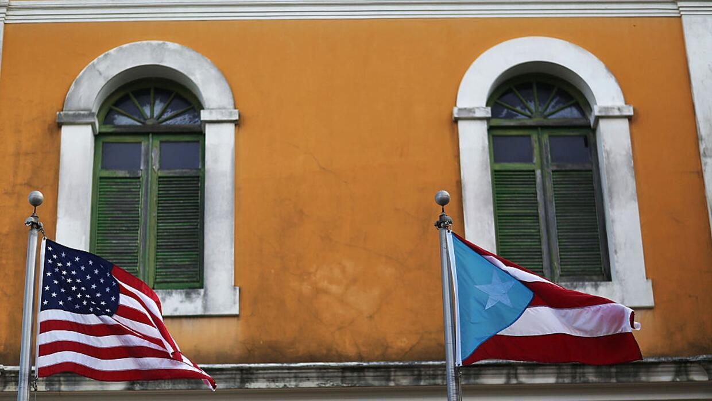 La deuda pública de la isla, de alrededor de 72 mil millones de d...