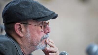 Silvio Rodríguez dice que Cuba hace cambios algo tarde
