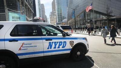 Denuncian a la policía de Nueva York por negar servicio de intérpretes para denuncias