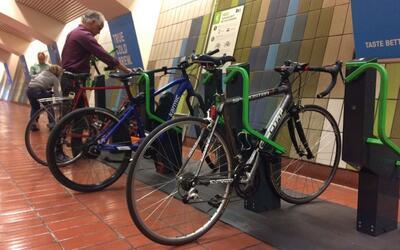 Los nuevos estacionamientos para bicicletas en San Francisco ya est&aacu...