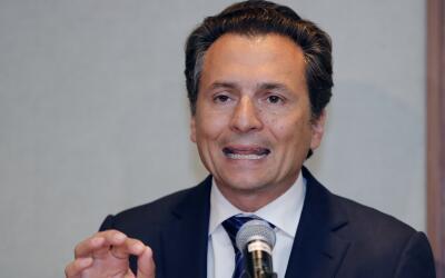 Emilio Lozoya durante la conferencia de prensa que ofreció luego...