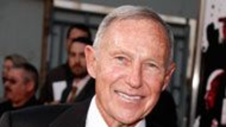 Murio el innovador y controversial Daryl Gates, jefe policial de Los Ang...