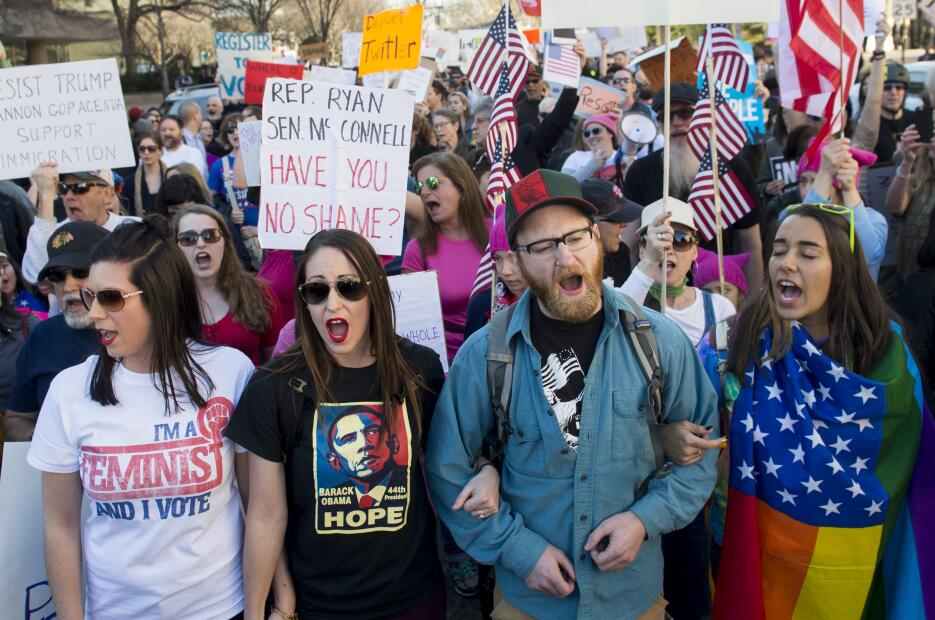 Protestas contra Donald Trump el Día del Presidente.