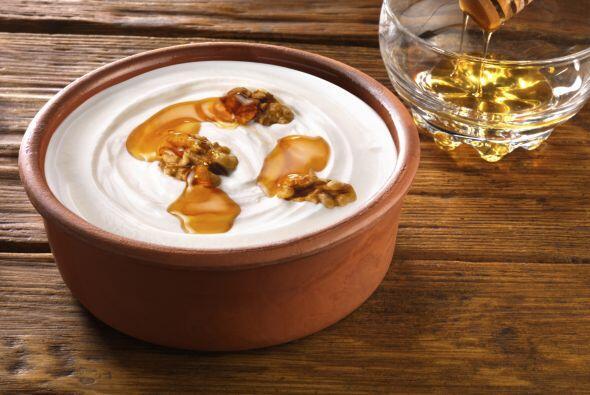 No solo para comer. El yogur también sería un buen exfoliante para el cu...