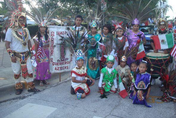 Los trajes típicos fueron otro de los grandes atractivos del evento.