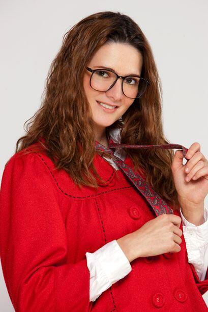 Nati, interpretada por Susana Diazayas, es una de las amigas de María De...