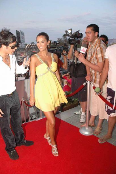 En 2008 se reivindicó con esta mini túnica con pedrería confeccionada en...