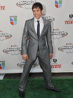 Por esto, Pee Wee fue nominado a el más elegante de la alfombra, ¡vota p...
