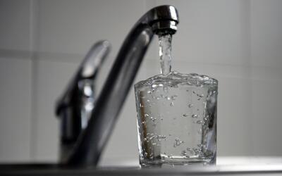 Quince millones de estadounidenses podrían estar consumiendo agua contam...
