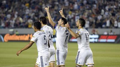 LA Galaxy 4 - Toronto FC 0: El LA Galaxy sigue creciendo en la temporada