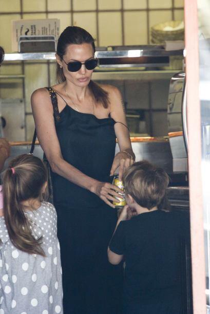 La famosa de 38 años está en Australia dirigiendo su nueva película, per...