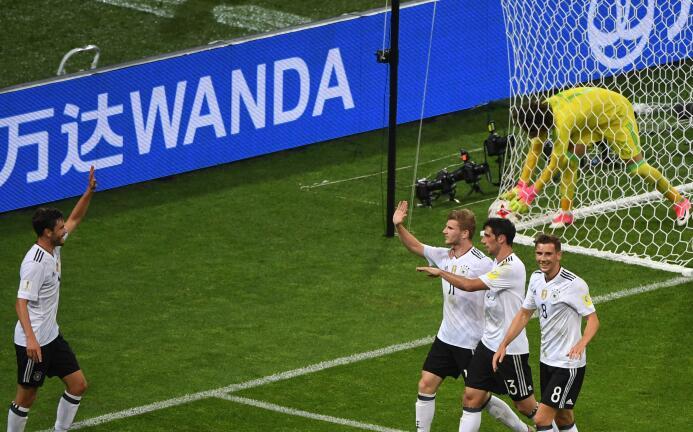 Abogado del Diablo: la entendible razón de Vela suplente ante Alemania G...