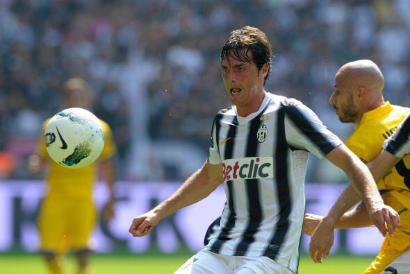Otro candidato al título es la Juventus, pero este club sí cumplió con s...