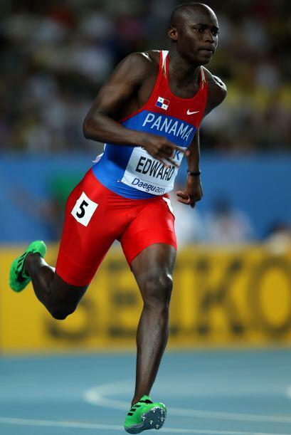 10 ALONSO EDWARD: El panameño es subcampeón mundial en 200 metros planos.