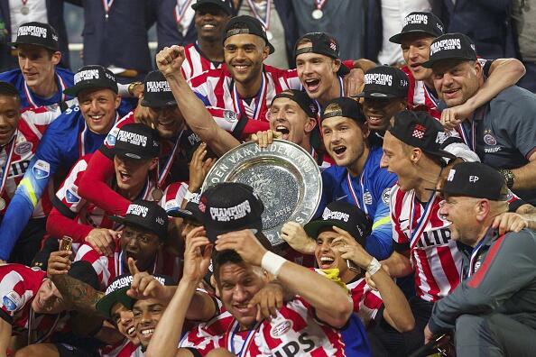 En fotos: Mexicanos campeones con el PSV Eindhoven andres-guardado-2015-...