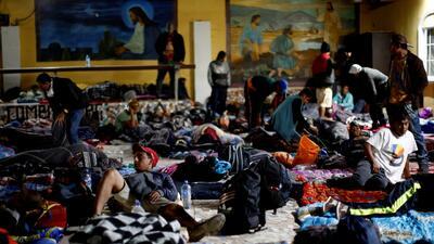 Albergues abarrotados en Mexicali ante la masiva llegada de los migrantes de la caravana