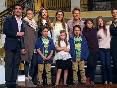 """El elenco de la telenovela """"Mi Corazón Es Tuyo"""" llevar&..."""