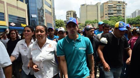 Henrique Capriles en una de las protestas organizadas por la oposici&oac...