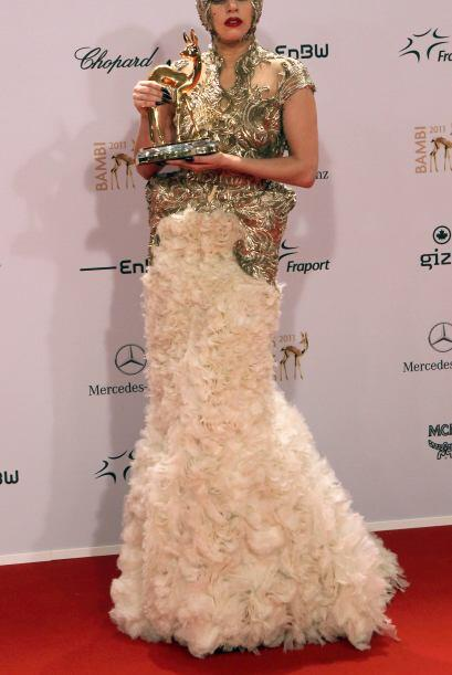 El mejor disfraz de Lady Gaga 0798f84ab61d4d4ea30ae62ff3a5cbee.jpg