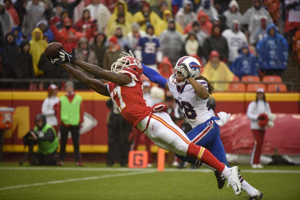 Los Kansas City Chiefs vencieron 30 - 22 a los Buffalo Bills para ligar...